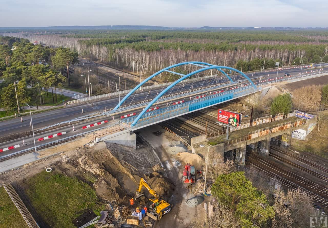 [Armii Krajowej] Wschodni wiadukt otwarty